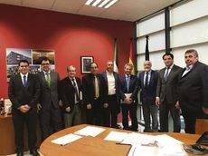 Reunión entre la Agencia Andaluza de Educación y Fedintra