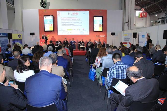 Logística y transporte, claves para la economía del Mediterráneo