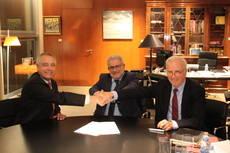 Firma del convenio CZFB y la Escuela Europea del Transporte Intermodal.