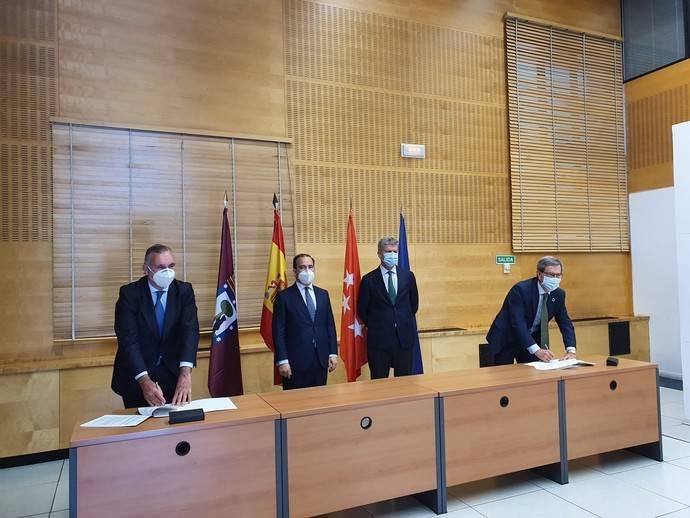 EMT de Madrid e Iberdrola suscriben un acuerdo para electrificación