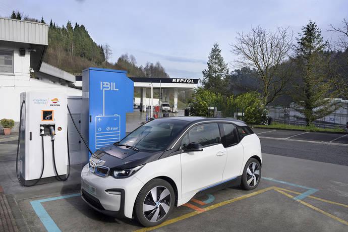 Primera estación Irizar, para vehículos eléctricos con baterías de segunda vida