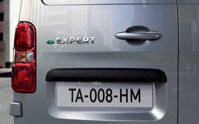 Vehículos comerciales eléctricos Peugeot: misma capacidad de carga y eco-friendly