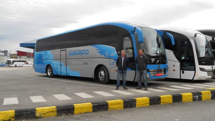 Sunsundegui entrega unidades a empresa Guerrero y a Autocares Baraza