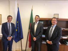 Gasnam se reúne con autoridades de Portugal