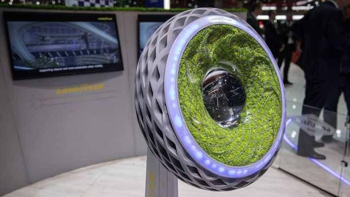 Goodyear mira a la movilidad futura en el Salón de Tokio