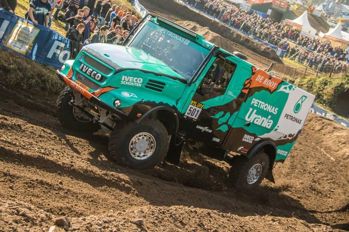 El equipo De Rooy luchará con neumáticos Goodyear