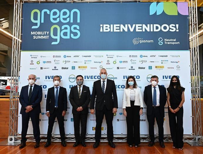 'Tenemos que actuar ya, el gas natural en el transporte es la única alternativa actual'
