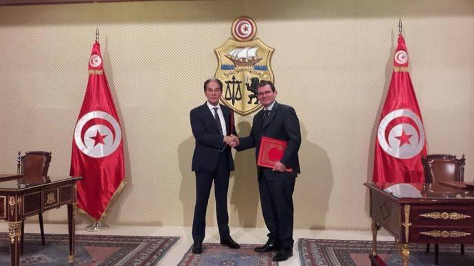 El Grupo PSA refuerza su compromiso con Túnez