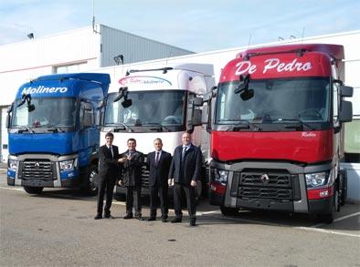 El Grupo De Pedro y Molinero renueva su flota con Renault Trucks
