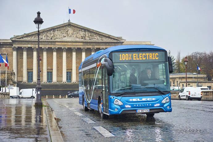 CNH Industrial muestra y prueba en Francia su nuevo autobús 100% eléctrico