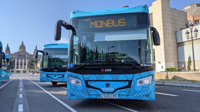 Monbus incorpora 27 buses híbridos de Scania para el servicio del Aerobús