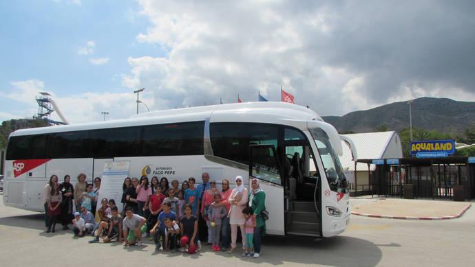 Algunas de las personas trasladadas por Autobuses Paco Pepe.