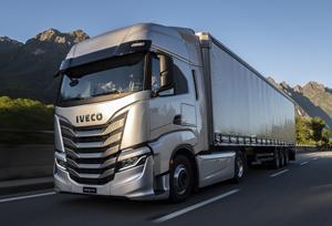 Iveco da un paso más con los nuevos e 'inteligentes' S-Way y Daily