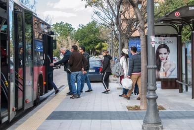 Valencia mejoró casi 200 paradas de autobús en 2018