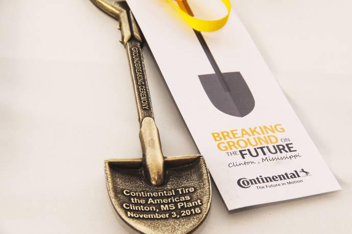 Continental inicia obras de su nueva fábrica en Misisipi
