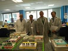 Gregorio Serrano visita el laboratorio que analiza las pruebas de drogas a conductores