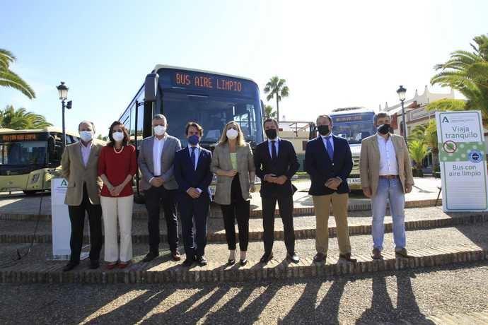 Sevilla dota a su flota metropolitana de autobuses de purificadores de aire