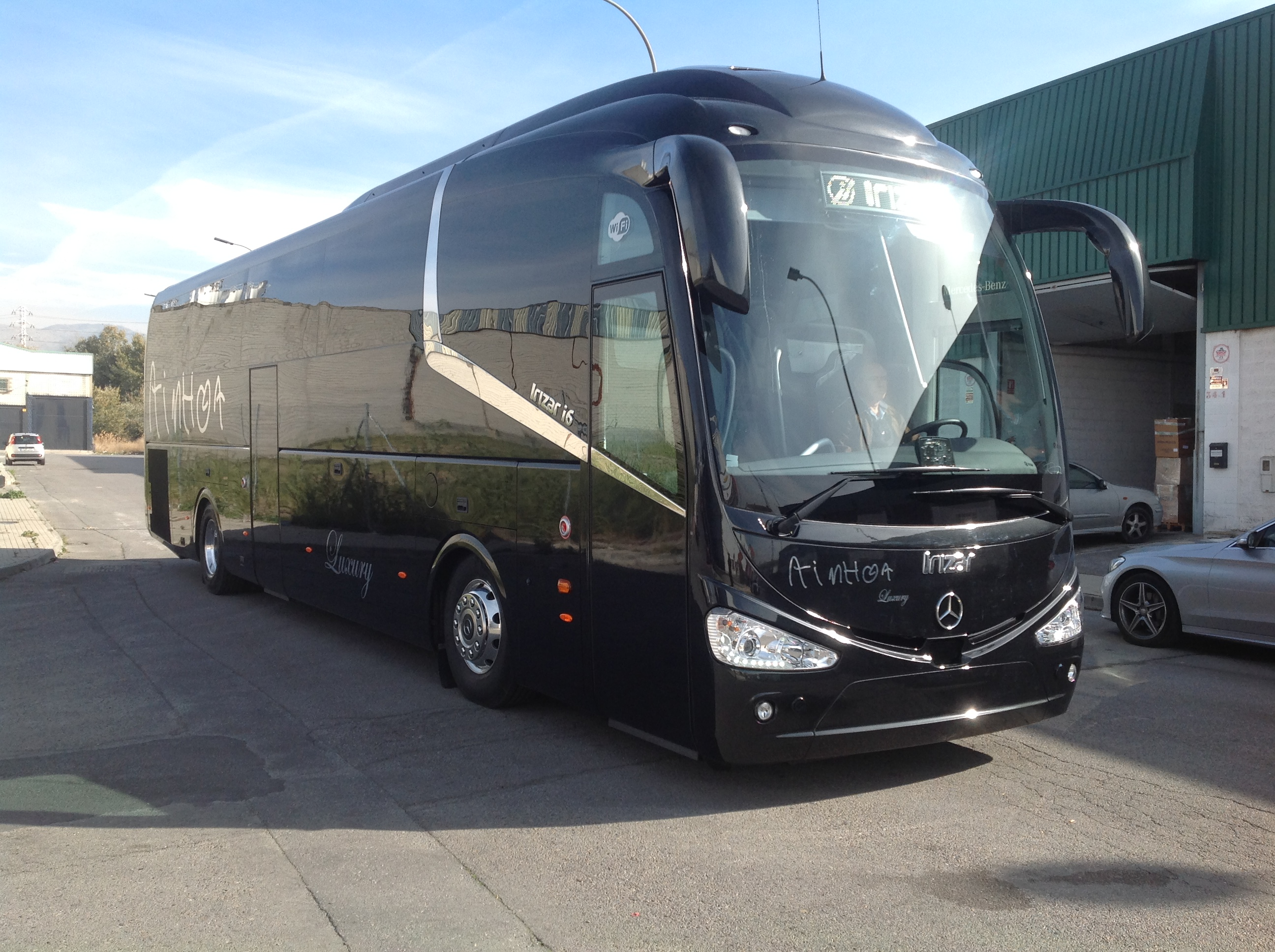 Ainhoa bus sl incorpora un chasis oc 500 1943 rf mercedes for Mercedes benz oc
