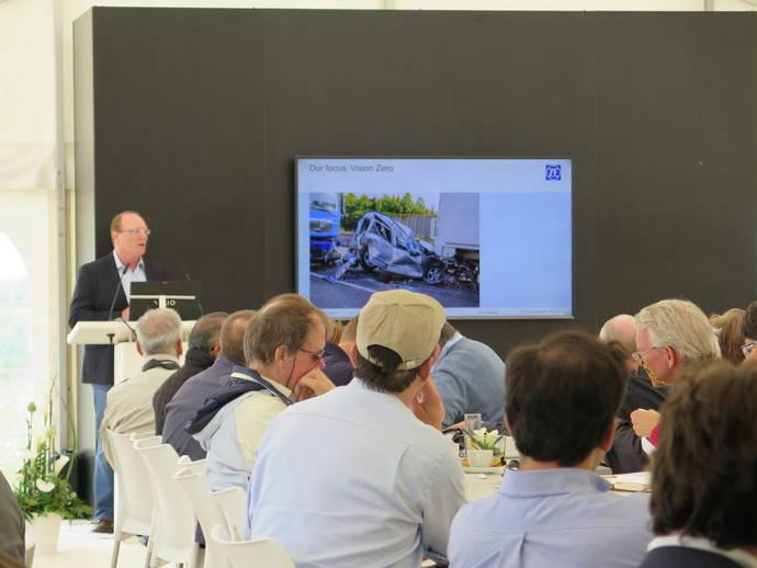 ZF presenta su electrificación para camiones, autobuses y vehículos de reparto ligeros