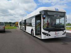Uno de los autobuses equipados con ZF Ecolife en el encuentro de Aldenhoven