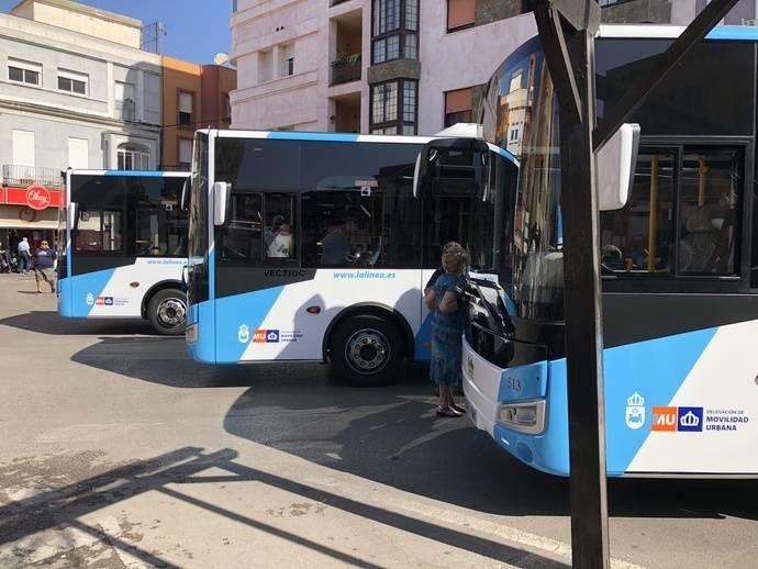 La Línea de la Concepción presenta sus nuevos autobuses de Otokar