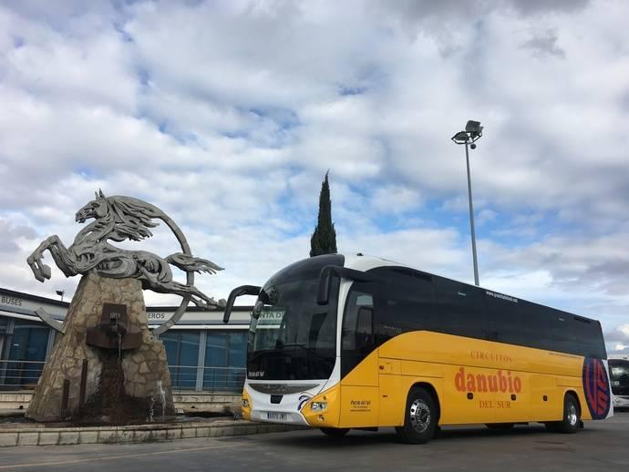 Autocares Puesta del Sol vuelve a confiar en la marca Iveco