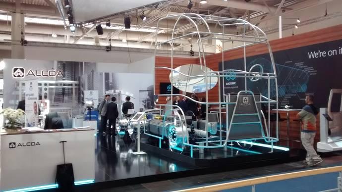 Alcoa aprovecha la IAA para mostrar su nueva rueda de aluminio más ligera