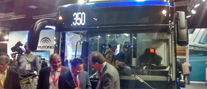 Yutong exhibe en Busworld su nuevo E12, autobús 100% eléctrico