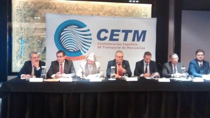Ovidio de la Roza alerta en la asamblea de CETM de un momento crítico del Sector
