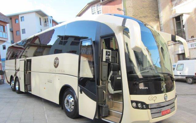 Un nuevo autocar de lujo sirve para aumentar la flota de Autobuses Vega