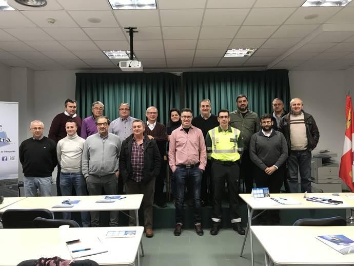 Asetra celebra jornada para empresarios de la Comisión de Transporte Escolar