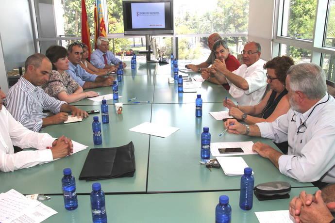 Valencia reúne a asociaciones de transporte de viajeros para mapa concesional