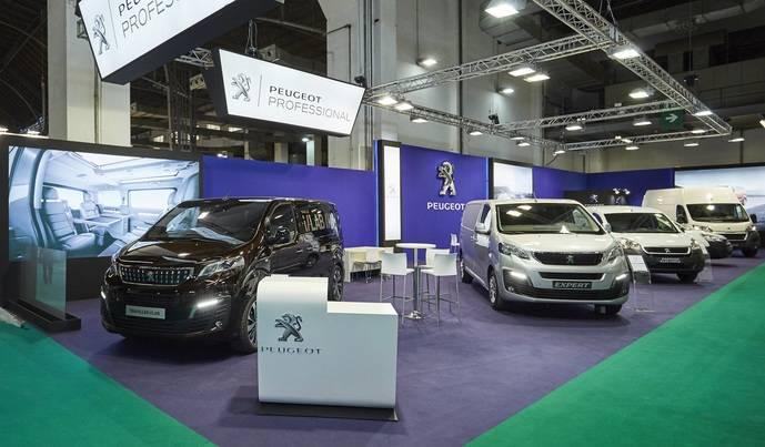 Nuevo Expert y el concept Traveller iLab de Peugeot en SIL 2016
