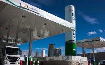 Molgas e Iveco inauguran una nueva gasinera en San Fernando