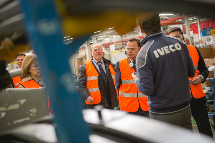 Iveco colabora con el Ayuntamiento de Coslada en un networking empresarial