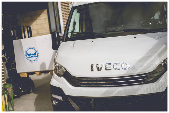 Iveco Valladolid recauda 3.000 kilos de alimentos