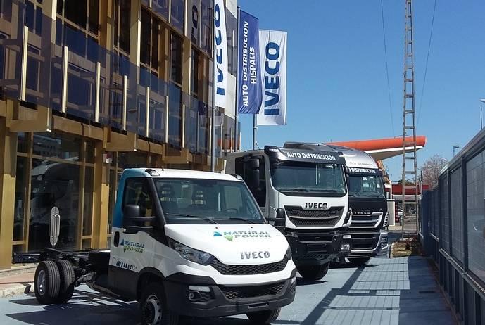 Auto Distribución acoge en Sevilla la presentación a clientes de la nueva gama de vehículos Iveco