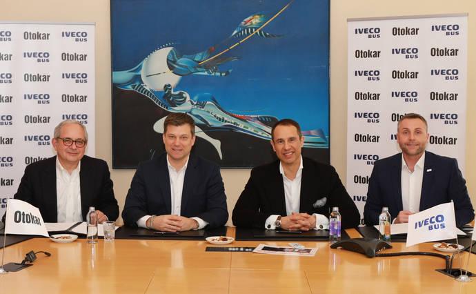 Iveco Bus y Otokar firman un acuerdo de producción en la plata de Sakarya