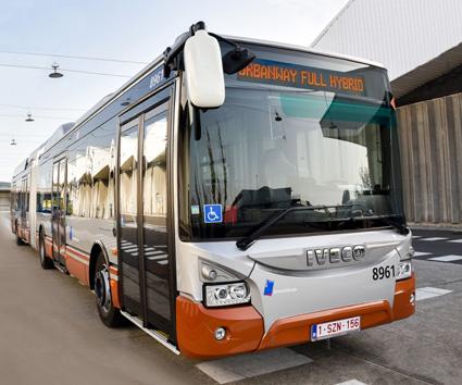 Bruselas adquiere 141 autobuses de Iveco con sistema híbrido eléctrico