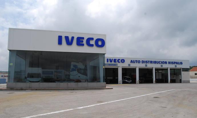 Iveco inaugura una nueva instalación en Algeciras para la venta y asistencia gracias a Híspalis