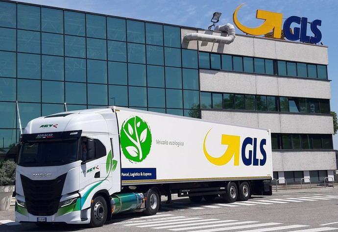 Nueva flota sostenible de GLS con Iveco S Way