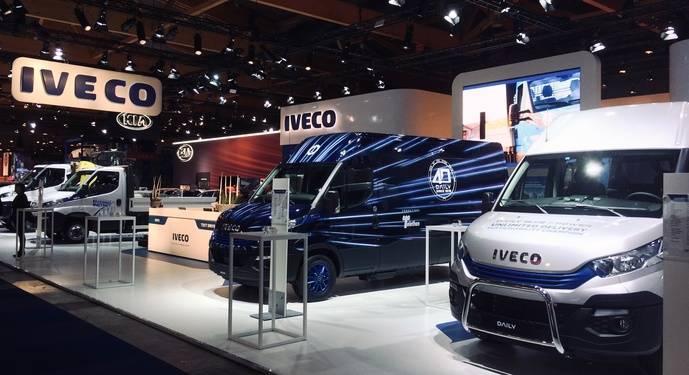 Iveco destaca su tecnología sostenible en el Salón del Automóvil de Bruselas