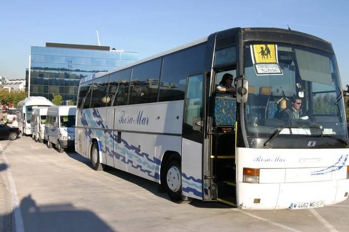 Eurodiputado italiano pide mayor seguridad en transporte escolar