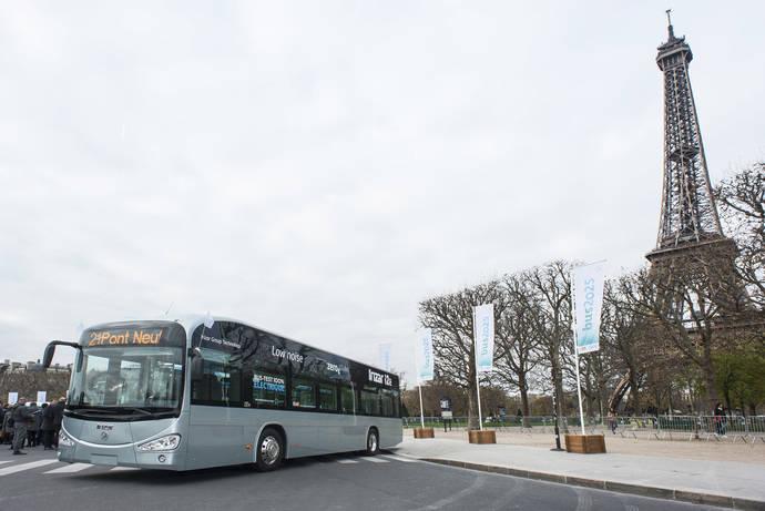 El Irizar i2e presente en Bus COP21 de Paris