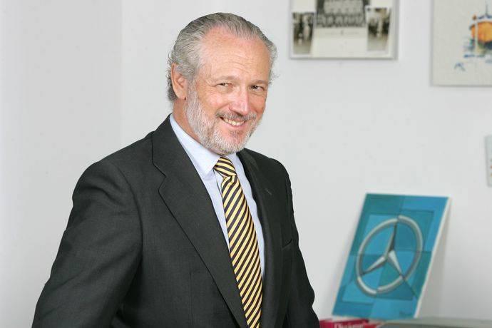 José Luis López-Schümmer asume nuevo cargo en Daimler AG