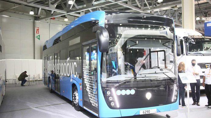 El Kamaz-6290, autobús de pila de combustible presentado en Moscú