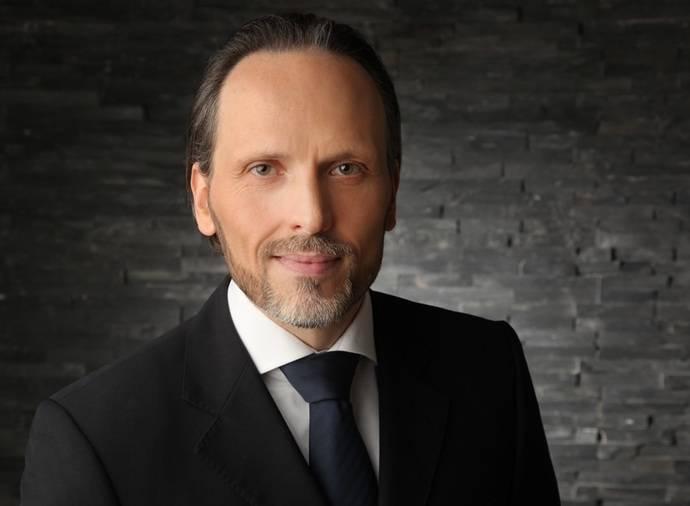Ralf Kaplan, nuevo director de dos departamentos de UTA