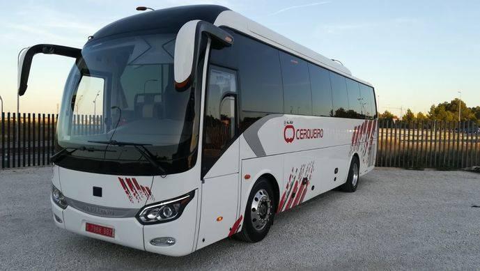 Autobuses Cerqueiro adquiere un King Long C10 adaptado