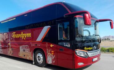 Travelpym adquiere el nuevo King Long C13 HD