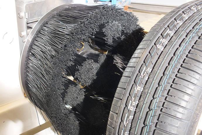 Istobal desarrolla un novedoso cepillo lava-ruedas